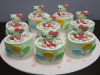 Hello_Kitty_Mini_Cakes_.jpg