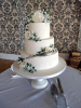 Whiteweddingcakewithroses1.jpg