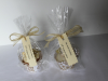 gold-ivory-cup-cakes-wrapper.JPG