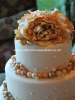 ivory-gold-baubles-wedding-cake-resized.JPG